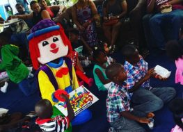 1496073121 we stopped by flow movie sunday clowny says hiiwildrides partyrentals part 263x190 - We stopped by Flow Movie Sunday. Clowny says hii! #wildrides #partyrentals #part...