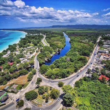 1496490900 are you in love with our beautiful island of jamaicatagphotographer wearejam 360x360 - Are you in love with our beautiful island of Jamaica? #tagphotographer #wearejam...