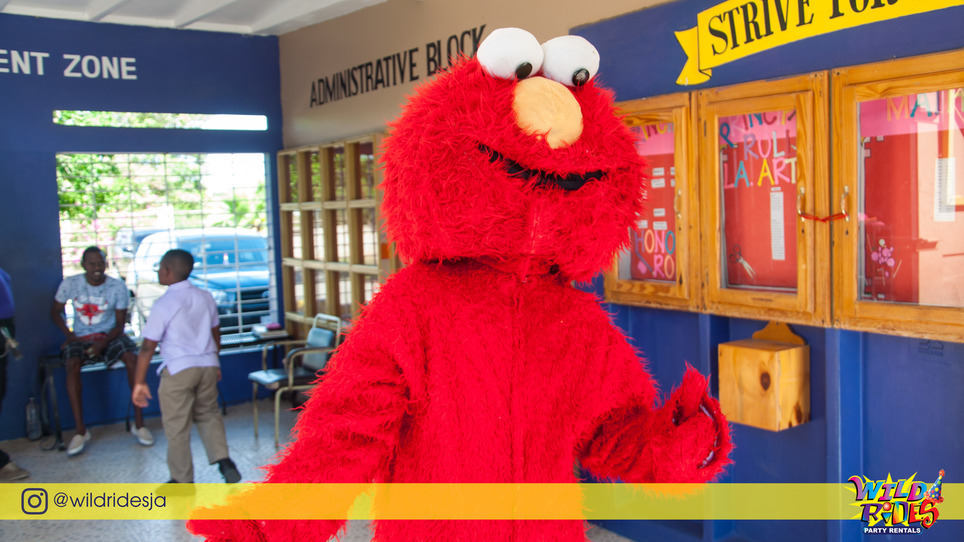 "Elmo says: ""Pick battles big enough to matter, small enough to win."" #wildrides"