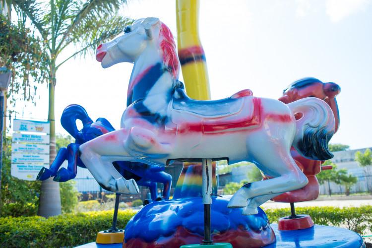 IMG 9708 1612671157 big - Horse Carousel