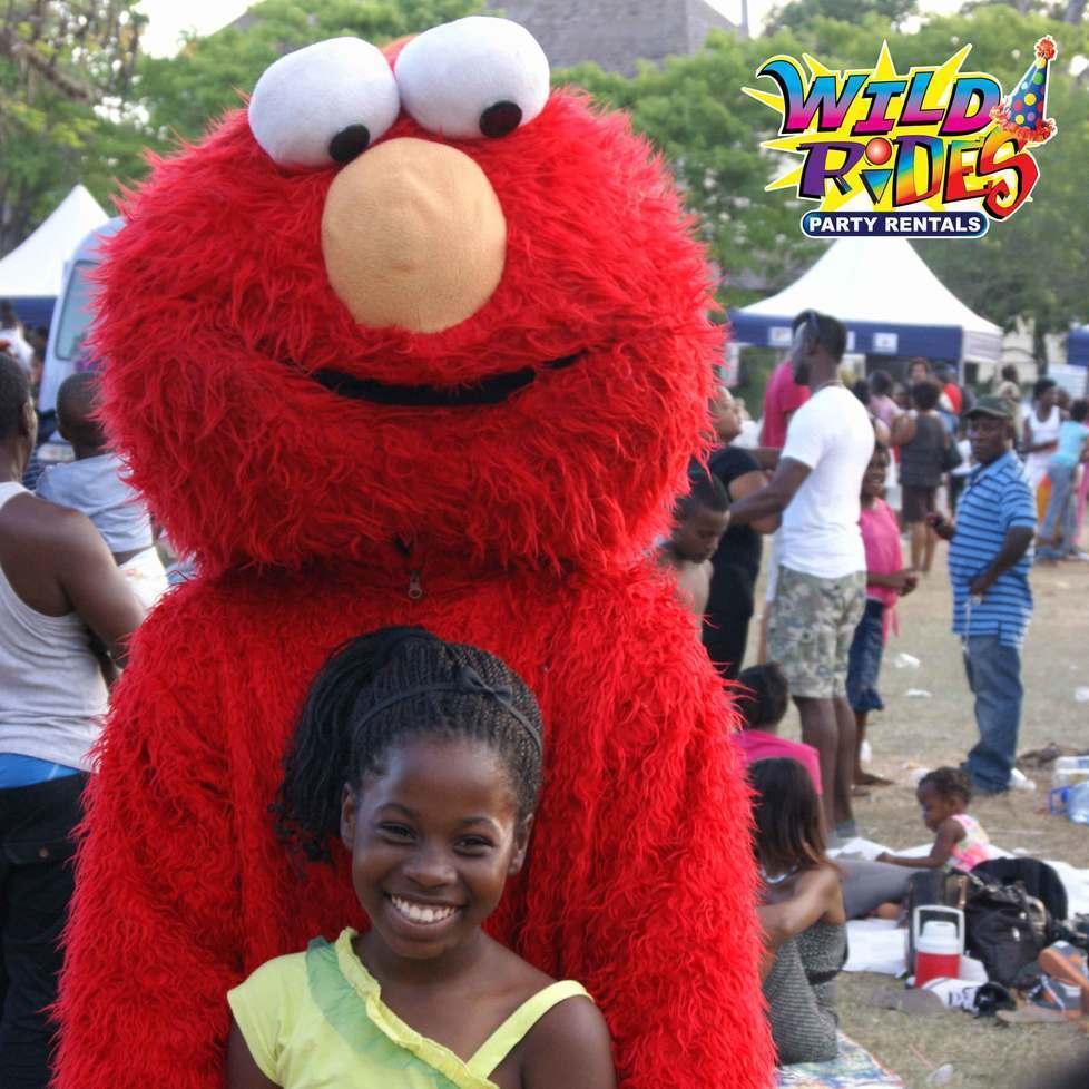 Lala-lala lala-lala Elmo's world. Lala-lala lala-lala Elmo's world.  #Goodmornin